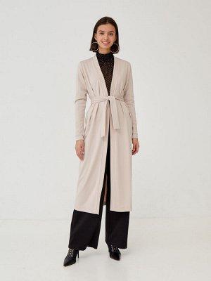 Кардиган Кардиган-халат выполнен из мягкой трикотажной ткани. Детали: Планка-воротник в длину; пояс по талии; длина ниже колена;