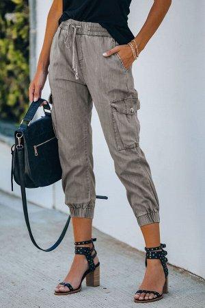 Серые джинсовые джоггеры с карманами