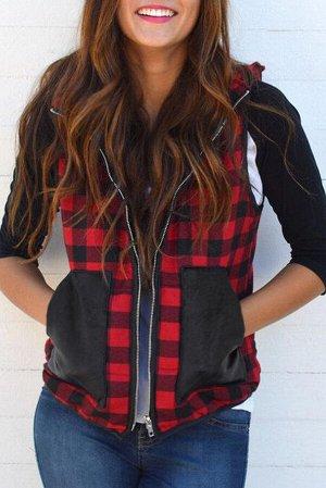 Красно-черная клетчатая жилетка с накладными карманами