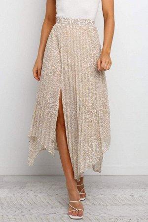 Бежевая юбка в крапинку с высоким разрезом