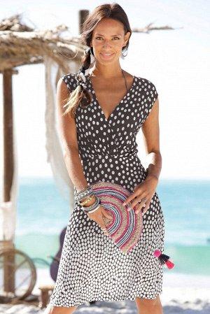 Градиентное пляжное платье в белый горошек с V-образным вырезом