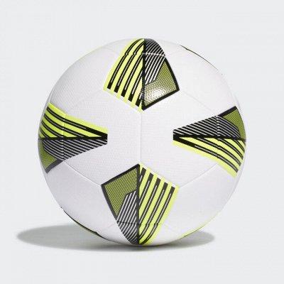 Лучшее! Adi*das, Ni*ke, Un*der Arm*our, Pu*ma, Re*ebok — Мячи — Виды спорта