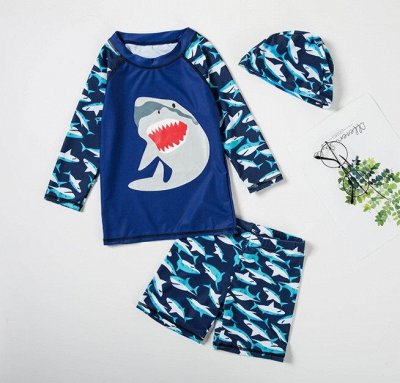 Детские купальники, плавки, панамы, пончо, водяные пистолеты — Купальные солнцезащитные костюмы для мальчика