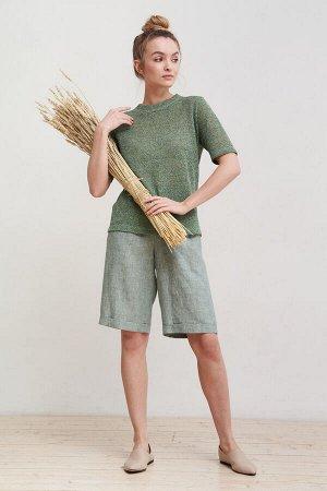 Брюки светло-зеленый, бежевый 100% льняная ткань Описание: Шорты женские прямые, до колена. Карманы в отсечном бочке. Пояс цельнокроеный с эластичной тесьмой. По низу шорт цельнокроеные манжеты. Модел