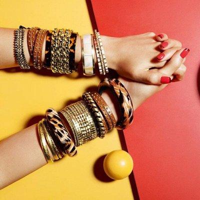 Модные повязки, популярны в этом сезоне — Браслеты ювелирная сталь. Браслеты с камнями