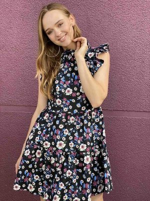 Платье Платье Pur Pur 01-817/4  Состав: Хлопок-100%; Сезон: Лето Рост: 170  Летнее платье из хлопкового шитья.