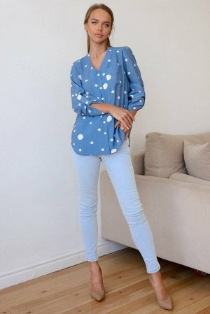 Рубашка Размер: 42 / 44 / 46 / 48 / 50 / 52 / 54 Идеального городского стиля легко можно добиться, сочетая рубашку, неяркого синего оттенка в горошек и кюлотов. Модные, расслабленные капсулы для повсе