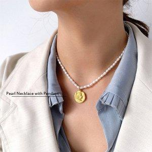 Ожерелье чокер с медальоном