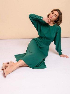 Платье темно-зеленое длины миди с длинными рукавами
