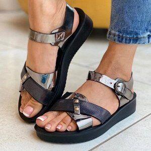Сандалии Сандалии — это летняя обувь, которая дает возможность легче перенести жаркие дни и при этом выглядеть женственно. Этот вид обуви многие женщины полюбили за практичность, комфортность и элеган