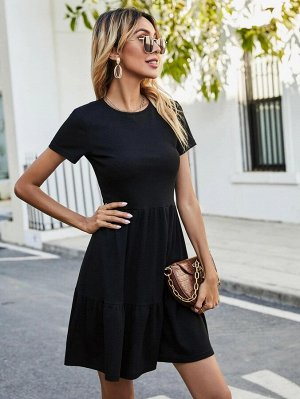Вязаное платье в рубчик
