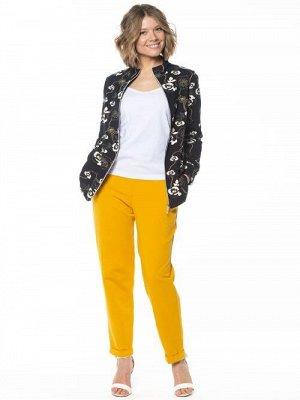 Куртка Куртка для межсезонья, прилегающего силуэта, длиной до линии бедер, с втачным рукавом на манжете и сквозной застежкой на молнии. Горловина с воротником-стойка, в швах рельефов на полочке внутре