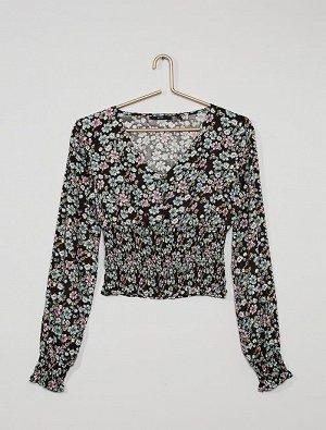 Блузка со сборками на талии