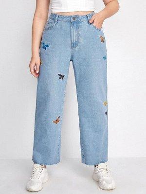 Прямые джинсы размера плюс с вывшивкой бабочки