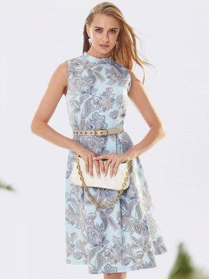 Платье Материал: Костюмная ткань; Состав: 65% вискоза, 30% полиэстер, 5% эластан; Растяжимость: нет; Параметры модели: 91х63х92; Рост: 176 см Принтованное платье без рукавов с воротником-стойкой. Моде