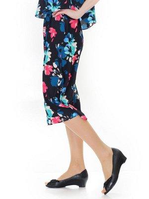 Туфли Страна производитель: Россия Размер женской обуви x: 36 Полнота обуви: Тип «F» или «Fx» Сезон: Лето Тип носка: Открытый Форма мыска/носка: Закругленный Каблук/Подошва: Танкетка Высота каблука (с