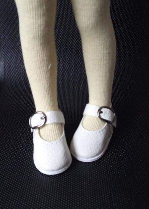 Сандалии с пряжкой на Паола Рейна или аналогичную куклу ростом 32-34 см