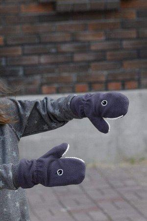 Варежки Акула серые