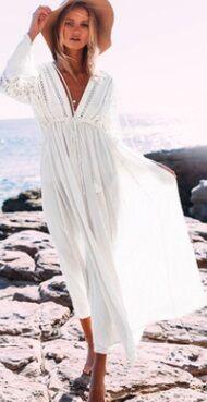 Пляжное платье с длинными рукавами