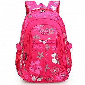 Ранец Самый главный атрибут школьника? Правильно-портфель! Как театр начинается с вешалки, отдых с дороги, так и школа начинается со школьного рюкзака. Важно, чтобы ваш ребенок чувствовал себя с рюкза