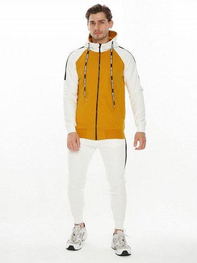 Только раз в году - скидки на куртки MTF* до 65% — Мужские костюмы