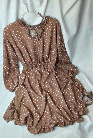 Платье ВНИМАНИЕ! Платье в белый горох, фото ниже! Замеры по изделию: ОГ 96, ОТ 64 по ризинке (немного тянется), длина 100, рукава по внутренему шву 47см.