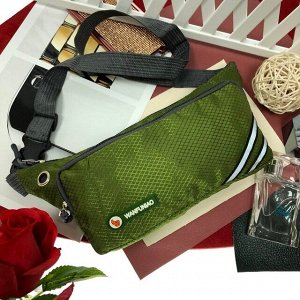 Поясная сумочка Esse Wan из текстиля оливкового цвета.