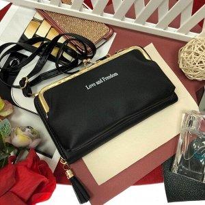 Театральная сумочка с кармашком на застёжке-поцелуйчике Mex_Roma чёрного цвета.