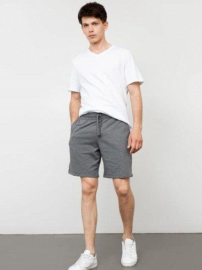 Одежда для взрослых Mark Formelle — Мужчинам — шорты