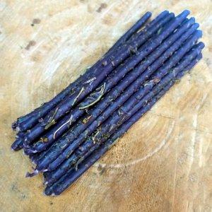 Свеча восковая фиолетовая с Гармалой