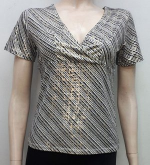 Блузка женская с диагональными полосами