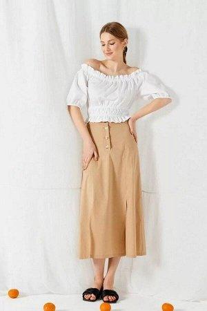 Блуза 100% хлопокБлуза женская, приталенная. Верх блузы, рукава, низ со сборкой на резинку. Длина рукава – 31см Длина изделия в 44-48рр– 35см; в 50-54рр – 40см