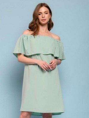 Платье мятного цвета длины мини свободного силуэта с открытыми плечами