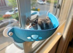 Лежанка для кошек на окно