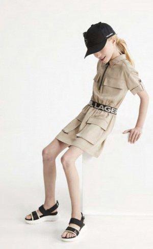 Платье Платье-сафари с короткими рукавами , большие карманы на молнии.  210 - CHINO BEIGE
