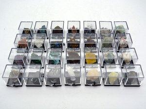 Коллекция образцов редких минералов 28шт.
