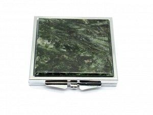 Зеркало с накладкой из актинолита квадрат 60*66*11мм, серебристое