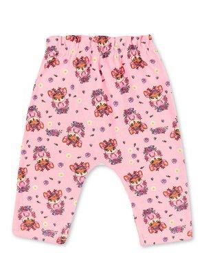 Штанишки ЦВЕТ: Розовый; РИСУНОК: Олени; СОСТАВ: Хлопок 100%; МАТЕРИАЛ: Интерлок Замечательные штанишки с удобной вшитой резинкой на поясе и по низу изделия. Модель украшает симпатичный набивной рисуно