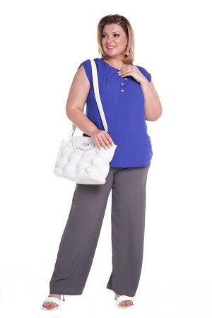 """Брюки-5534 Модель брюк: Широкие; Материал: Искусственный шелк; Цвет: Серый; Фасон: Брюки; Параметры модели: Рост 173 см, Размер 54 Брюки """"палаццо"""" искусственный шёлк серые Удобные брюки-палаццо свобод"""