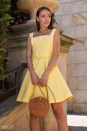Желтое платье из джинса
