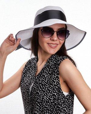 Шляпа Регулировка размера: Кулиска Шляпа Размер: 54-58 Состав: 100% целлюлоза Подклад: Без подклада