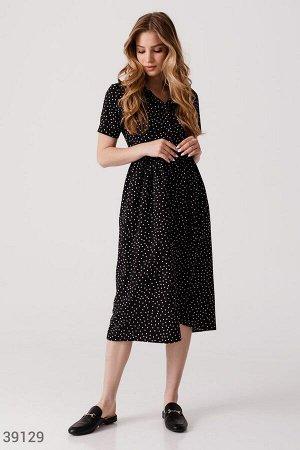 Черное платье-миди в горох