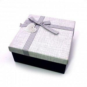 Коробочка СИНЯЯ сред подарочная с бантиком 17.5см-17.5см-8см
