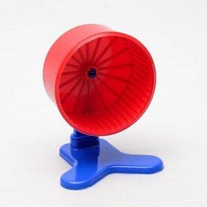 Колесо для грызунов полузакрытое пластиковое, с подставкой, 9 см, красное