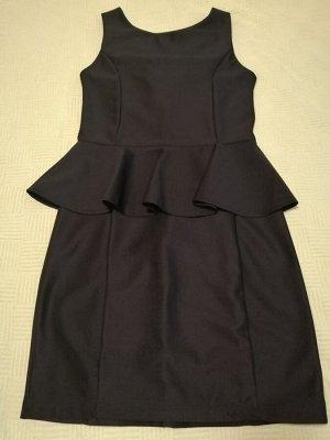 Платье в школу и не только черн 42 размер