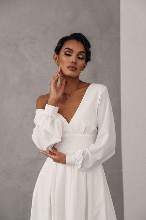 Струящееся платье-миди из ткани софт с широким поясом