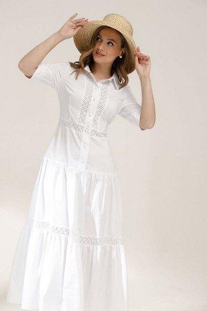 Платье Длина изделия: 134 см Длина рукава: 33 см. Состав: 100% хлопок. Платье полуприлегающего силуэта, расширенное книзу. Воротник рубашечного типа на притачной стойке. Перед с центральной застежкой