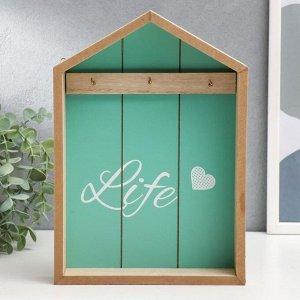 "Крючки декоративные дерево ""Life с сердцем"" зелёный 28х20х5 см 3695032"