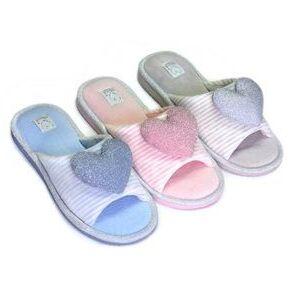 Большой выбор домашней и пляжной обуви. PLUSH-идея на подарок — Обувь домашняя детская LUCKY LAND
