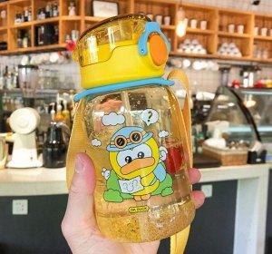 """Бутылочка для воды с ремешком, принт """"Утка"""", цвет желтый"""
